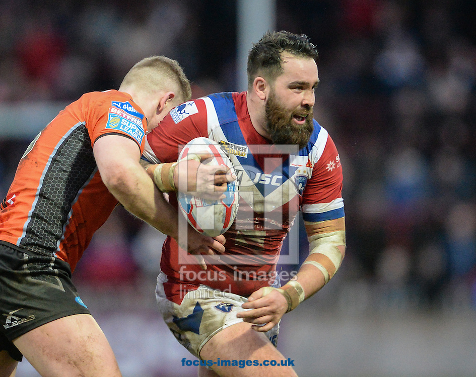 Craig Huby of Wakefield Trinity Wildcats hits the ball up during the Pre-season Friendly match at Belle Vue, Wakefield<br /> Picture by Richard Land/Focus Images Ltd +44 7713 507003<br /> 15/01/2017