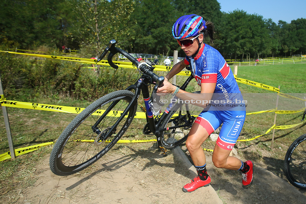 USA / VS / AMERIKA / WATERLOO WI / CYCLOCROSS / VELDRIJDEN / CYCLO CROSS / CX / HEAD QUARTERS TREK BICYCLES / TELENET WORLD CUP CYCLOCROSS #2 / TRAINING / RECON / PARCOURSVERKENNING / KATERINA NASH (CZE - CLIFF PRO TEAM) /