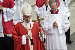 June 4, 2017 - Vatican City, Vatican - Pope Francis leads a Holy Mass marking the Pentacost holiday in St. Peter's Square in Vatican City, Vatican on June 04, 2017. Pope Francis, during a traditional Sunday blessing, offered prayers for the victims of the Saturday evening terror attacks in London, as well as for the families of the victims. (Credit Image: © Giuseppe Ciccia/Pacific Press via ZUMA Wire)