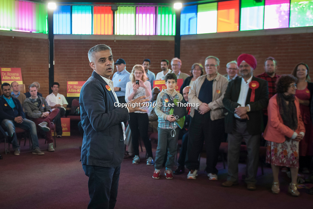 United Reform Church, Rookstone Road, Tooting London, UK. 28th May 2016. London Mayor Sadiq Khan campaigns on behalf of the Labour candidate for Tooting Dr Rosena Allin-Khan for the upcoming by-election at the United Reform Church in Tooting, South London. Pictured: Sadiq Khan gives a motivational speech to supporters inside the United Reform Church. // Lee Thomas, Flat 47a Park East Building, Bow Quarter, London, E3 2UT. Tel. 07784142973. Email: leepthomas@gmail.com. www.leept.co.uk (0000635435)
