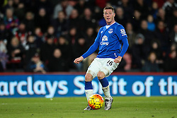 James McCarthy of Everton - Mandatory by-line: Jason Brown/JMP - Mobile 07966 386802 28/11/2015 - SPORT - FOOTBALL - Bournemouth, Vitality Stadium - AFC Bournemouth v Everton - Barclays Premier League