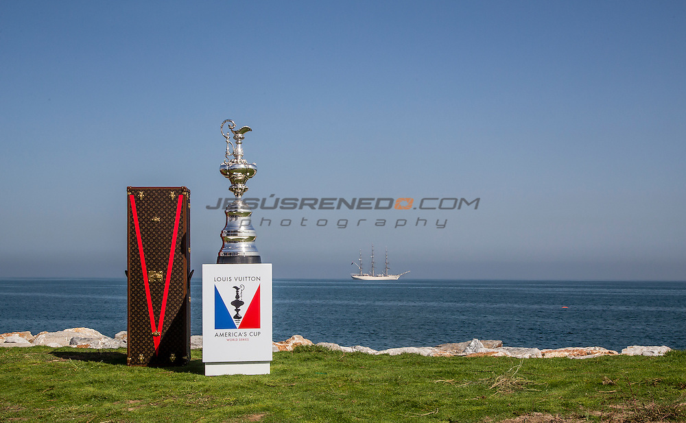 Louis Vuitton America's Cup World Series Oman 2016.Second day of racing, 28th of February 2016.Muscat ,The Sultanate of Oman.Image licensed to Jesus Renedo/Lloyd images/Oman Sail