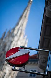 THEMENBILD - Handelsnamen und Logos. Aufgenommen am 07.03.2019 in Wien, Österreich // Company names and logos in Vienna, Austria on 2019/03/07. EXPA Pictures © 2019, PhotoCredit: EXPA/ Michael Gruber