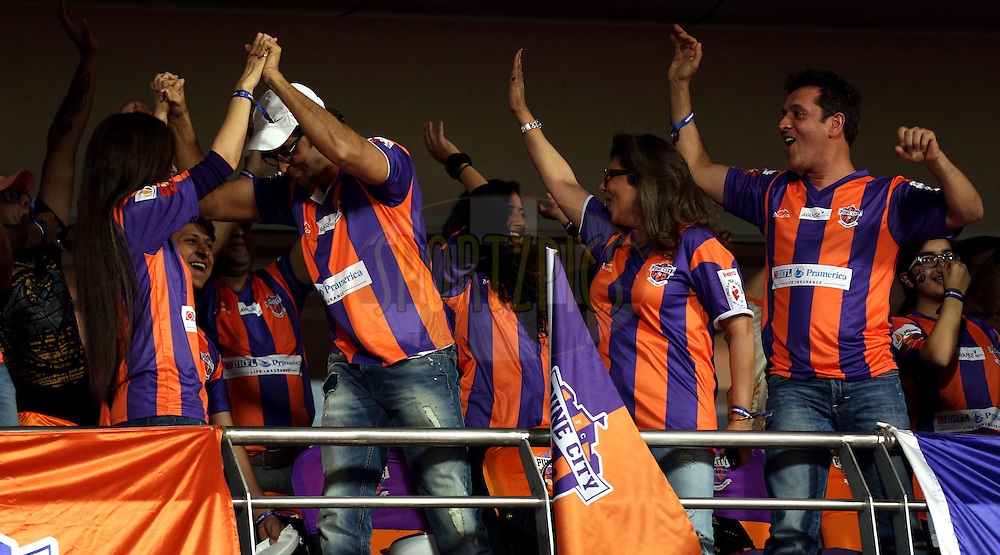 Hrithik Roshan, actor and co owner of FC pune city during match 48 of the Hero Indian Super League between FC Pune City and Mumbai City FC held at the Shree Shiv Chhatrapati Sports Complex Stadium, Pune, India on the 3rd December 2014.<br /> <br /> Photo by:  Sandeep Shetty/ ISL/ SPORTZPICS