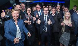 25.02.2018, Innsbruck, AUT, Landtagswahl in Tirol 2018, im Bild Spitzenkandidat Markus Abwerzger (FPOe) mit Mitstreitern während der Wahlfeier der PARTEI // after voting for the State election in Tyrol 2018. Innsbruck, Austria on 2018/02/25. EXPA Pictures © 2018, PhotoCredit: EXPA/ Jakob Gruber