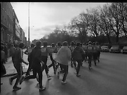 29/03/1978.03/29/1978.29th March 1978..Photograph shows the firemen running past St Stephens Green.