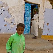 Naga nubian village. sand wind  Naga  Egypt  - on the nile river near aswan  /  Village nubien de Naga. tempete de sable   pres de assouan Egypte