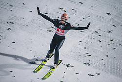 06.01.2020, Paul Außerleitner Schanze, Bischofshofen, AUT, FIS Weltcup Skisprung, Vierschanzentournee, Bischofshofen, Finale, im Bild Karl Geiger (GER) // Karl Geiger of Germany during the final for the Four Hills Tournament of FIS Ski Jumping World Cup at the Paul Außerleitner Schanze in Bischofshofen, Austria on 2020/01/06. EXPA Pictures © 2020, PhotoCredit: EXPA/ Dominik Angerer