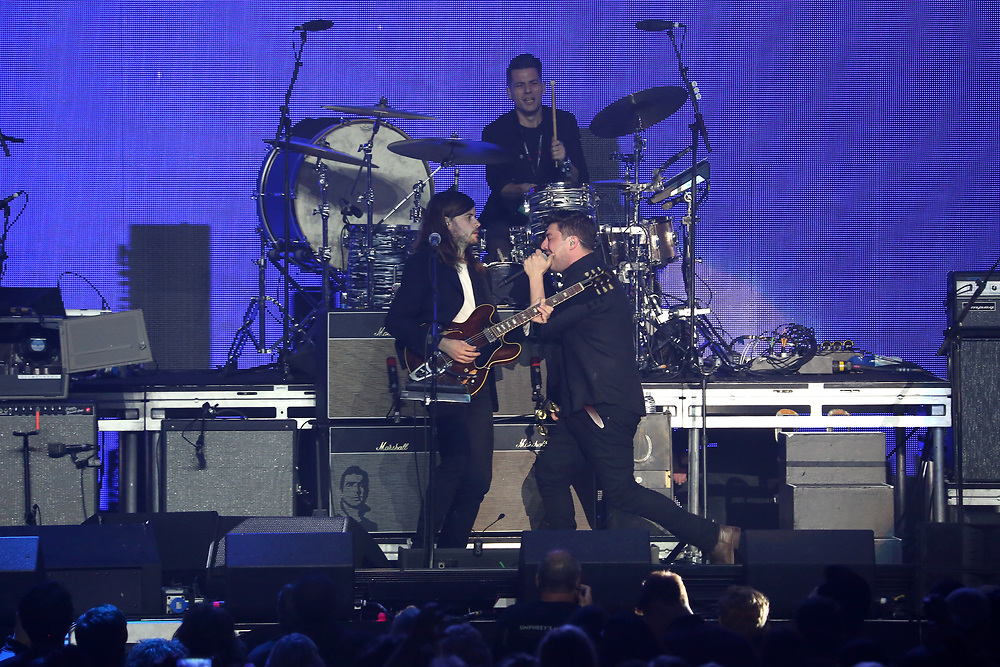 Mumford and Sons perform on stage at the 2018 iHeartRadio ALTer EGO festival at The Forum on Friday, Jan. 19, 2018, in Inglewood, CA. (Photo by Willy Sanjuan/Invision/AP)