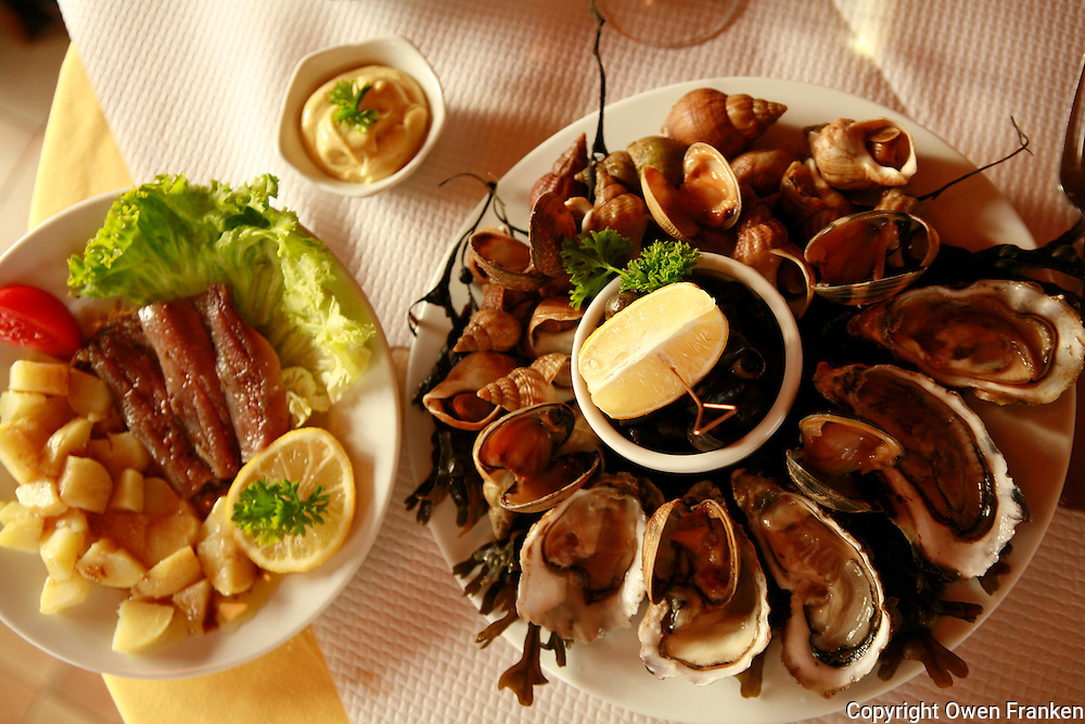 seafood platter at Les Mouttes, a restaurant on the ocean in Quiberon, Brittany