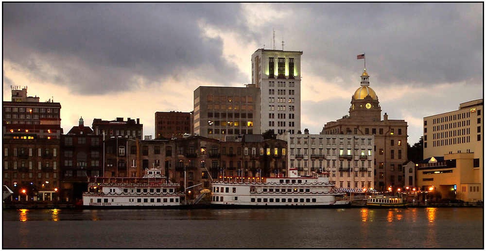 Historic River Street and City Hall, center, is the center piece of a port city which hugs the Savannah River at its mouth Tuesday Nov. 25, 2008 in Savannah, Ga. (Stephen Morton for The New York Times)