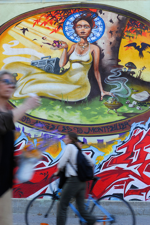 France, Languedoc Roussillon, Hérault, Montpellier, peinture murale, stade Philippides