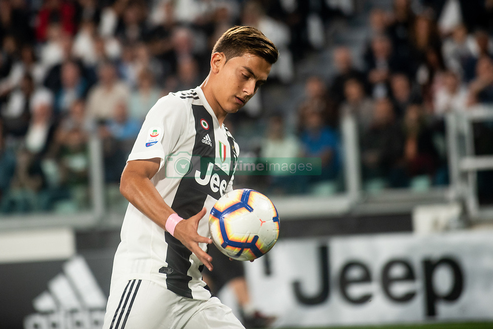 October 20, 2018 - Turin, Piedmont, Italy - Paulo Dybala of Juventus during the Serie A match between Juventus and Genoa at the Allianz Stadium, the final score was 1-1 in Turin, Italy on 20 October 2018. (Credit Image: © Alberto Gandolfo/Pacific Press via ZUMA Wire)