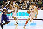 DESCRIZIONE : Milano Lega Basket A 2011-12  EA7 Emporio Armani Milano Bennet Cantu<br /> GIOCATORE : Stefano Mancinelli<br /> CATEGORIA : contropiede palleggio<br /> SQUADRA : EA7 Emporio Armani Milano <br /> EVENTO : Campionato Lega A 2011-2012 <br /> GARA : EA7 Emporio Armani Milano Bennet Cantu<br /> DATA : 15/04/2012<br /> SPORT : Pallacanestro  <br /> AUTORE : Agenzia Ciamillo-Castoria/GiulioCiamillo<br /> Galleria : Lega Basket A 2011-2012  <br /> Fotonotizia : Milano Lega Basket A 2011-12 EA7 Emporio Armani Milano Bennet Cantu<br /> Predefinita :