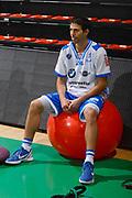 DESCRIZIONE : Siena Lega A 2011-12 Montepaschi Siena Banco di Sardegna Sassari Semifinale Play off gara 2<br /> GIOCATORE : Tony Binetti<br /> CATEGORIA : Fair Play<br /> SQUADRA : Banco di Sardegna Sassari<br /> EVENTO : Campionato Lega A 2011-2012 Semifinale Play off gara 2 <br /> GARA : EA7 Montepaschi Siena Banco di Sardegna Sassari Semifinale Play off gara 2<br /> DATA : 30/05/2012<br /> SPORT : Pallacanestro <br /> AUTORE : Agenzia Ciamillo-Castoria/R. Morgano<br /> Galleria : Lega Basket A 2011-2012  <br /> Fotonotizia :  Siena Lega A 2011-12 Montepaschi Siena Banco di Sardegna Sassari Semifinale Play off gara 2<br /> Predefinita :