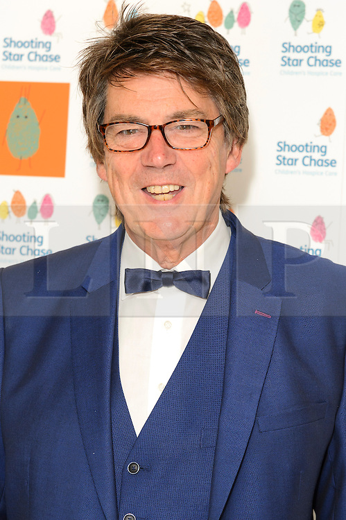 © Licensed to London News Pictures. 01/10/2016. MIKE READ attends the annual Shooting Stars CHASE fundraising ball.  London, UK. Photo credit: Ray Tang/LNP