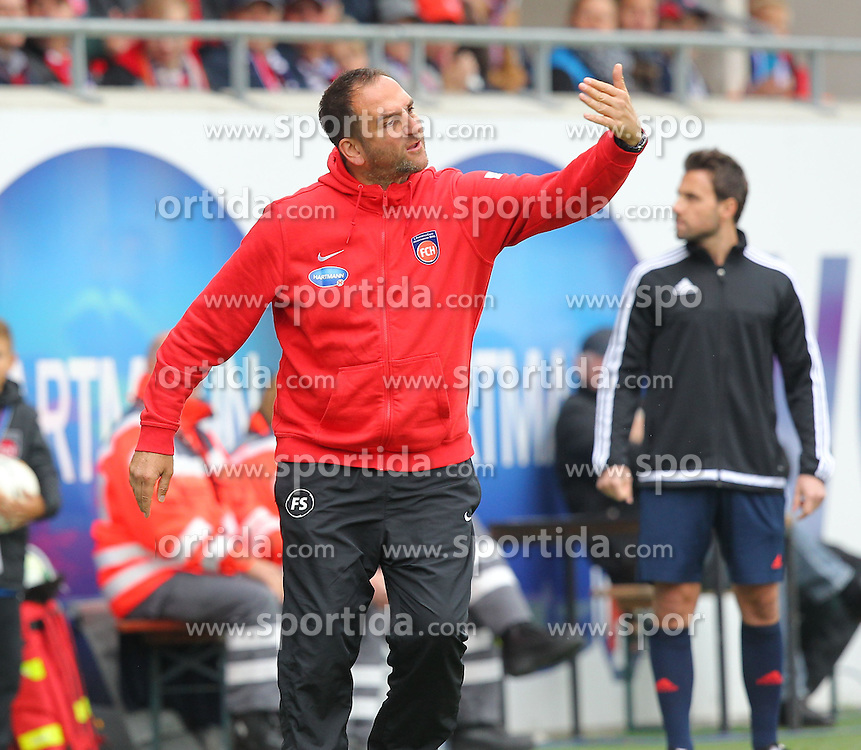27.09.2015, Voith Arena, Heidenheim, GER, 2. FBL, 1. FC Heidenheim vs Karlsruher SC, 9. Runde, im Bild Trainer Frank Schmidt (1.FC Heidenheim) // during the 2nd German Bundesliga 9th round match between 1. FC Heidenheim and Karlsruher SC at the Voith Arena in Heidenheim, Germany on 2015/09/27. EXPA Pictures &copy; 2015, PhotoCredit: EXPA/ Eibner-Pressefoto/ Langer<br /> <br /> *****ATTENTION - OUT of GER*****