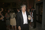 Tom Conti, launch of The Bar at the Dorchester. Park Lane. London. 27 June 2006. ONE TIME USE ONLY - DO NOT ARCHIVE  © Copyright Photograph by Dafydd Jones 66 Stockwell Park Rd. London SW9 0DA Tel 020 7733 0108 www.dafjones.com