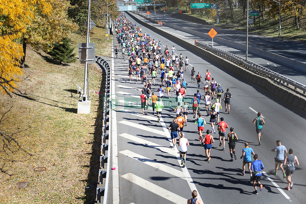 November 4, 2018 - New York, NEW YORK, UNITED STATES - Marathon runners are seen after the start of the New York City Marathon in the United States this Sunday, 04. (Credit Image: © William Volcov/ZUMA Wire)