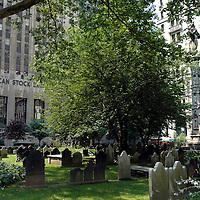 Trinity Church cemetery meets Stock Exchange