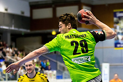 23.02.2018, BSFZ Suedstadt, Maria Enzersdorf, AUT, HLA, SG INSIGNIS Handball WESTWIEN vs Bregenz Handball, Bonus-Runde, 3. Runde, im Bild Julian Pratschner (SG INSIGNIS Handball WESTWIEN) // during Handball League Austria, Bonus-Runde, 3 rd round match between SG INSIGNIS Handball WESTWIEN and Bregenz Handball at the BSFZ Suedstadt, Maria Enzersdorf, Austria on 2018/02/23, EXPA Pictures © 2018, PhotoCredit: EXPA/ Sebastian Pucher
