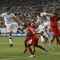USA defender Clarence Goodson (21) heads the ball during a CONCACAF Gold Cup soccer match between the United States and Panama on Saturday, June 11, 2011, at Raymond James Stadium in Tampa, Fla. (AP Photo/Alex Menendez)