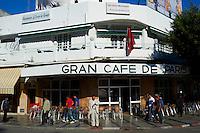Maroc, Tanger, Grand Cafe de Paris dans la ville nouvelle // Morocco, Tangier (Tanger), Grand Cafe de Paris on the new city
