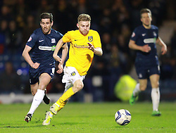 Alfie Potter Of Oxford United surges forward chased by Michael Timlin Of Southend United - Photo mandatory by-line: Robin White/JMP - Tel: Mobile: 07966 386802 24/03/2014 - SPORT - FOOTBALL - Roots Hall - Southend - Southend United vs Oxford United - Sky Bet League 2