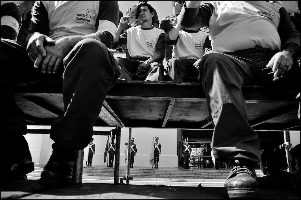 CARA-cas.Photography by Aaron Sosa.Caracas - Venezuela 2010.(Copyright © Aaron Sosa)