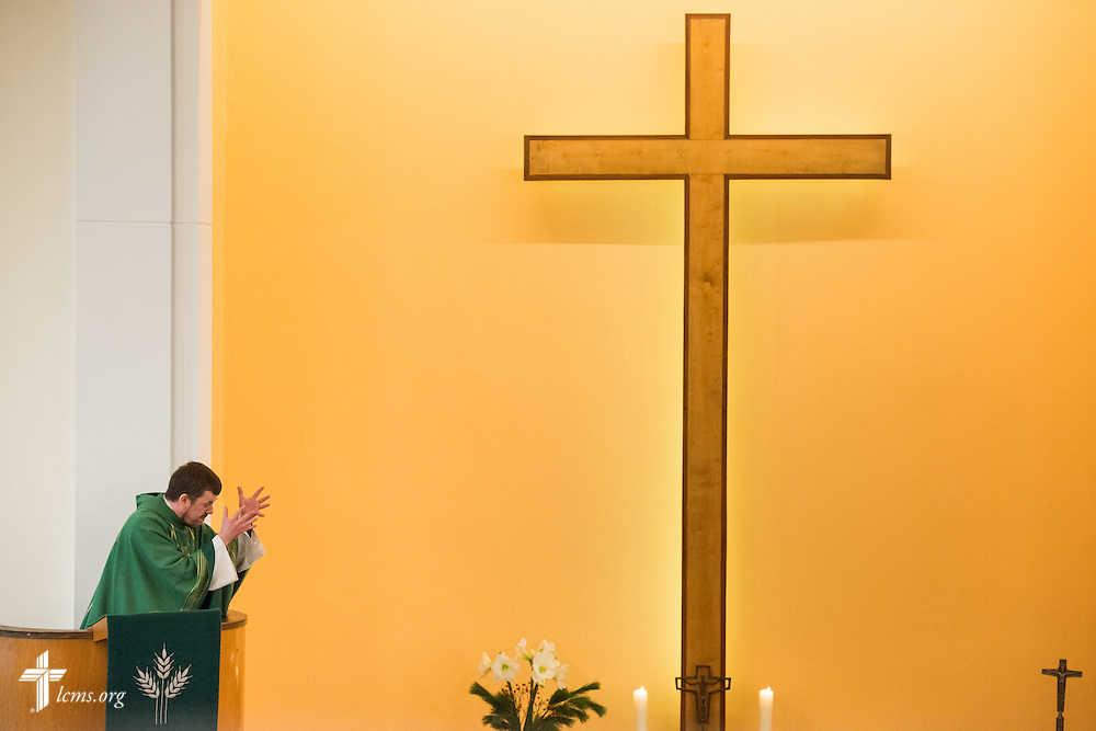 The Rev. Dr. Gottfried Martens preaches during worship on Sunday, Nov. 15, 2015, at the Dreieinigkeits-Gemeinde, a SELK Lutheran church in Berlin-Steglitz, Germany.  LCMS Communications/Erik M. Lunsford