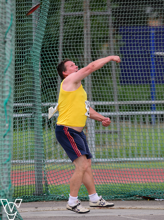 Metro Blind Sport's 2017 Athletics Open held at Mile End Stadium.  Discus.  Jonathan Ward<br /> <br /> Picture: Chris Vaughan Photography for Metro Blind Sport<br /> Date: June 17, 2017