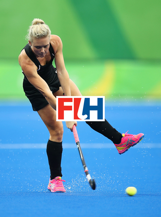 RIO DE JANEIRO, BRAZIL - AUGUST 10:  Charlotte Harrison of New Zealand passes the ball during the Women's Pool A Match between Spain and New Zealand on Day 5 of the Rio 2016 Olympic Games at the Olympic Hockey Centre on August 10, 2016 in Rio de Janeiro, Brazil.  (Photo by Mark Kolbe/Getty Images)