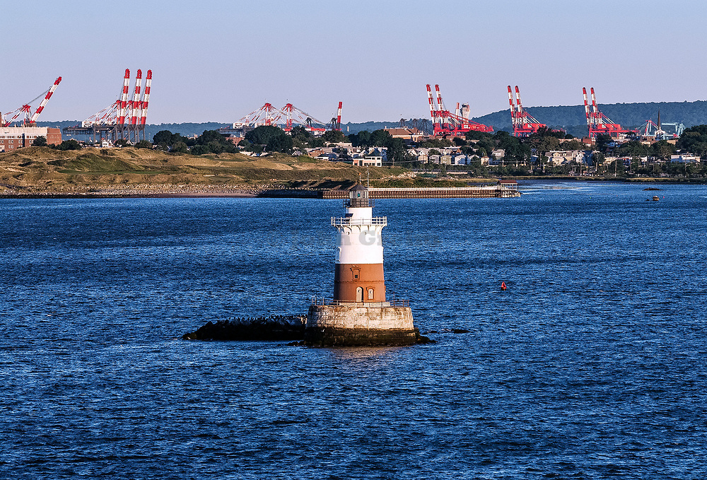 Robbins Reef Lighthouse, Bayonne, Hudson County, New Jersey, USA.