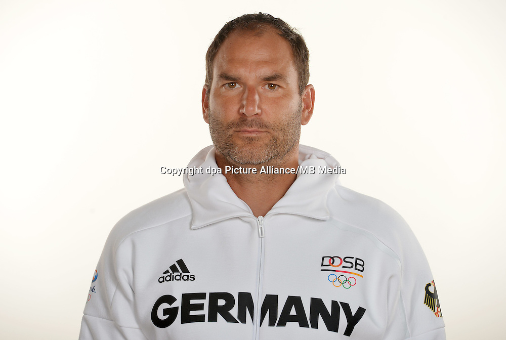 Achim Schmiedel poses at a photocall during the preparations for the Olympic Games in Rio at the Emmich Cambrai Barracks in Hanover, Germany. July 26, 2016. Photo credit: Frank May/ picture alliance. | usage worldwide