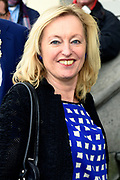 Koningin Maxima is aanwezig bij de uitreiking van de Prix de Rome 2015, de oudste prijs in Nederland voor beeldend kunstenaars onder de 40 jaar. <br /> <br /> Queen Maxima attends the presentation of the Prix de Rome in 2015, the oldest prize in the Netherlands for artists under 40 years.<br /> <br /> Op de foto / On the photo: Jet Bussemaker