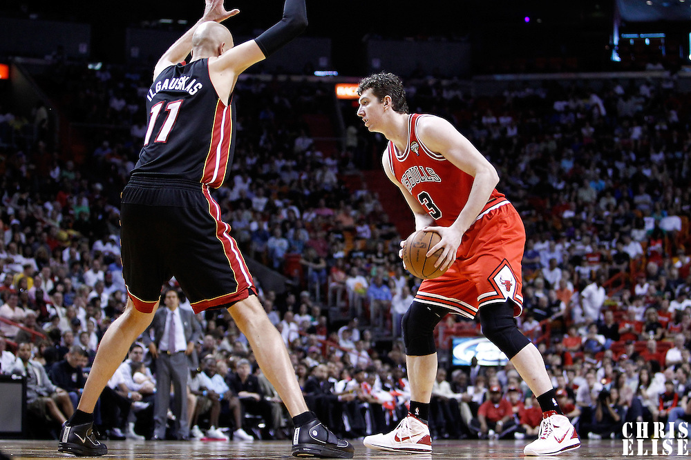 06 March 2010: Miami Heat center Zydrunas Ilgauskas (11) defends on Chicago Bulls center Omer Asik (3) during the Chicago Bulls 87-86 victory over the Miami Heat at the AmericanAirlines Arena, Miami, Florida, USA.