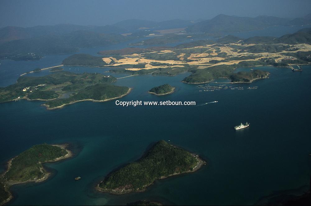 Hong Kong. Tolo harbour area and islands   /  Les iles de Tola Harbour  /