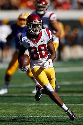 BERKELEY, CA - SEPTEMBER 23:  Wide receiver Deontay Burnett #80 of the USC Trojans rushes up field after a pass reception against the California Golden Bears during the fourth quarter at California Memorial Stadium on September 23, 2017 in Berkeley, California. The USC Trojans defeated the California Golden Bears 30-20. (Photo by Jason O. Watson/Getty Images) *** Local Caption *** Deontay Burnett