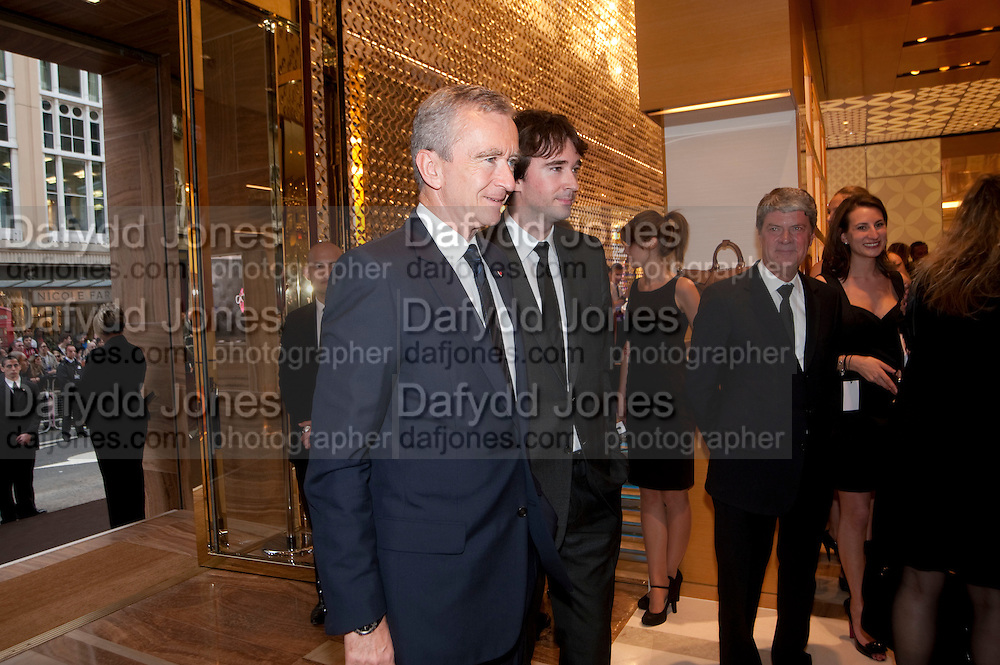 BERNARD ARNAULT, Louis Vuitton openingof New Bond Street Maison. London. 25 May 2010. -DO NOT ARCHIVE-© Copyright Photograph by Dafydd Jones. 248 Clapham Rd. London SW9 0PZ. Tel 0207 820 0771. www.dafjones.com.