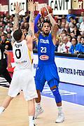 DESCRIZIONE : Trento Nazionale Italia Uomini Trentino Basket Cup Italia Germania Italy Germany <br /> GIOCATORE : Daniel Hackett<br /> CATEGORIA : passaggio<br /> SQUADRA : Italia Italy<br /> EVENTO : Trentino Basket Cup<br /> GARA : Italia Germania Italy Germany<br /> DATA : 01/08/2015<br /> SPORT : Pallacanestro<br /> AUTORE : Agenzia Ciamillo-Castoria/GiulioCiamillo<br /> Galleria : FIP Nazionali 2015<br /> Fotonotizia : Trento Nazionale Italia Uomini Trentino Basket Cup Italia Germania Italy Germany