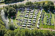 Nederland, Utrecht, Gemeente Stichtse Vecht, 27-09-2015; Vreeland. Rommelmarkt in het kader van het 750-jarig bestaan van het dorp.<br /> Car booth jumble sale.<br /> luchtfoto (toeslag), aerial photo (additional fee required).foto/photo Siebe Swart
