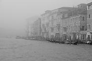 Italy. Venice. fog day on Grand Canal  Venice - Italy  / brume  sur le grand canal  Venise - Italie