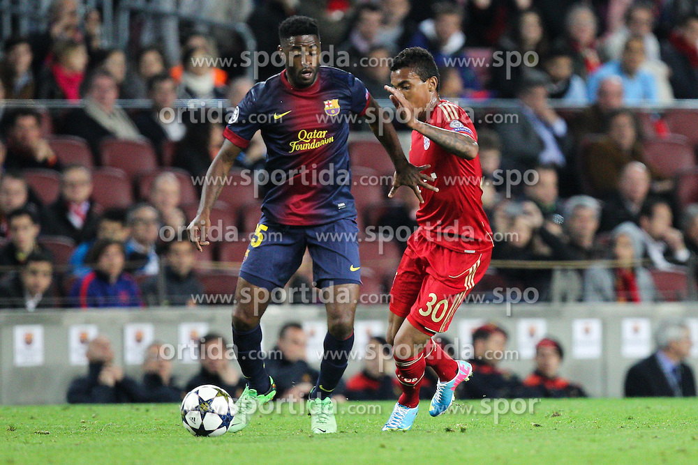 01.05.2013, Camp Nou, Barcelona, ESP, UEFA CL, FC Barcelona vs FC Bayern Muenchen, Halbfinale, Rueckspiel, im Bild Zweikampf zwischen links Marc BARTRA #15 (FC Barcelona) und LUIZ GUSTAVO #30 (FC Bayern Muenchen), // during the UEFA Champions League 2nd Leg Semifinal Match between Barcelona FC and FC Bayern Munich at the Camp Nou, Barcelona, Spain on 2013/05/01. EXPA Pictures © 2013, PhotoCredit: EXPA/ Eibner/ Christian Kolbert..***** ATTENTION - OUT OF GER *****