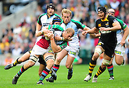 London - Saturday, 5th September, 2009: Danny Cipriani of London  Wasps  and David Strettle of Harlequins during the Guinness Premiership match at Twickenham, London. ..(Pic by Alex Broadway/Focus Images)