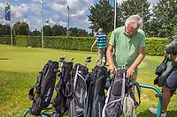 SCHIPLUIDEN / Delft -  - beginnende golfer. NGF GolfStart bij Delfland Golf.       COPYRIGHT KOEN SUYK