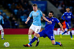 Kevin De Bruyne of Manchester City takes on Vicente Iborra of Leicester City - Mandatory by-line: Robbie Stephenson/JMP - 18/12/2018 - FOOTBALL - King Power Stadium - Leicester, England - Leicester City v Manchester City - Carabao Cup Quarter Finals