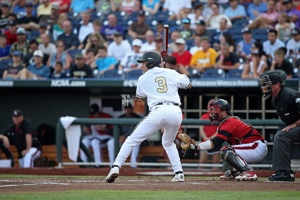 Vince Conde #3 of the Vanderbilt Commodores bats during Game 2 of the 2014 Men's College World Series between the Vanderbilt Commodores and Louisville Cardinals at TD Ameritrade Park on June 14, 2014 in Omaha, Nebraska. (Brace Hemmelgarn)