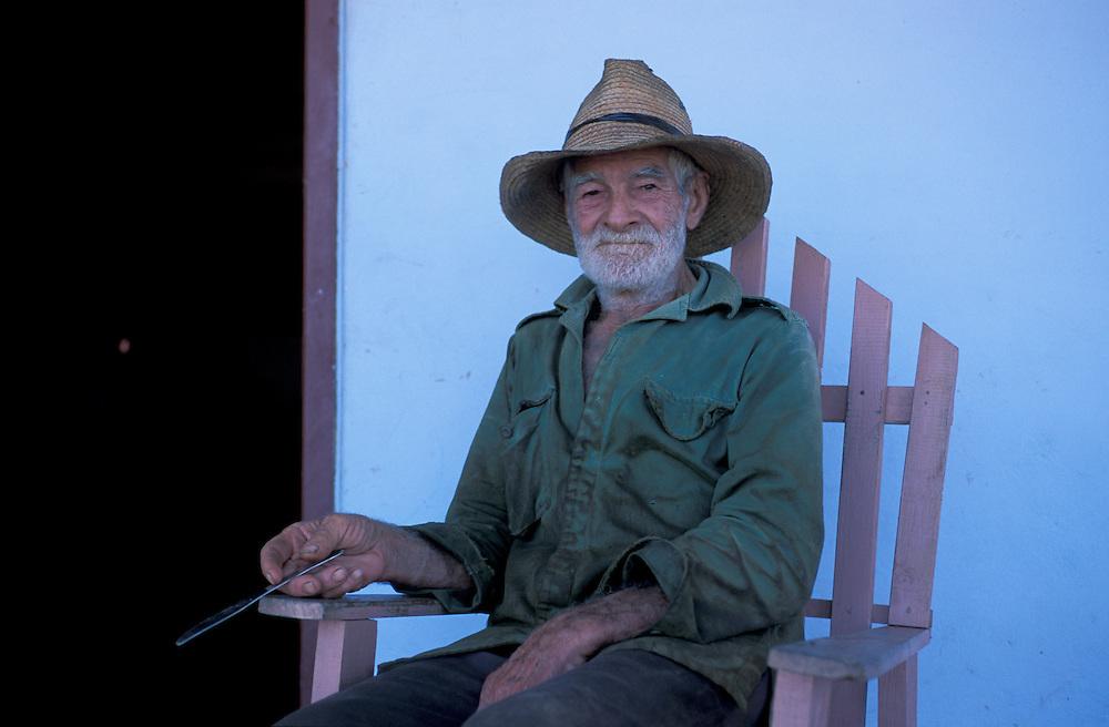 Tobacco Farmer, Valle de Vinales, Pinar del Rio, Western Cuba, Cuba, Caribbean
