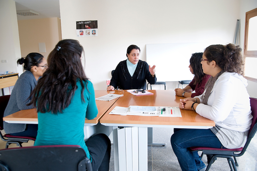 MOROCCO, RABAT: A new mentoring programm started at Mohammed V Souissi University where female students can meet working women and get advice how to procede successfully with their carreers.