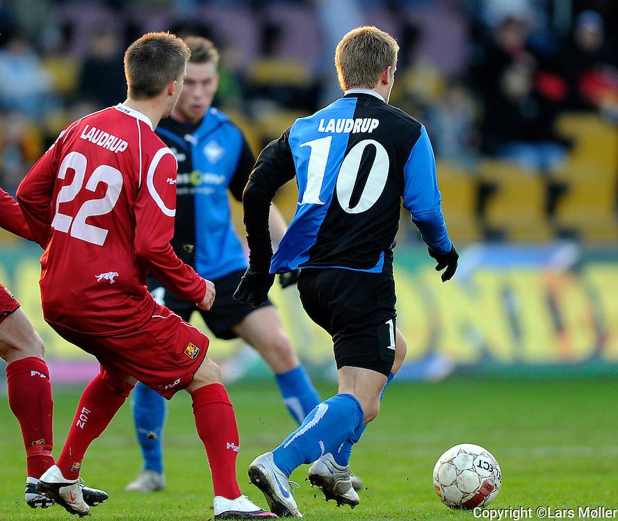 DK:<br /> 20100412, Farum, Danmark:<br /> SAS Liga FC Nordsj&aelig;lland - HB K&oslash;ge: <br /> Mads Laudrup, HB K&oslash;ge, Andreas Laudrup, FC Nordsj&aelig;lland, FCN.<br /> Foto: Lars M&oslash;ller<br /> UK: <br /> 20100412, Farum, Denmark:<br /> SAS League FC Nordsj&aelig;lland - HB K&oslash;ge: <br /> Mads Laudrup, HB K&oslash;ge, Andreas Laudrup, FC Nordsj&aelig;lland, FCN.<br /> Photo: Lars Moeller